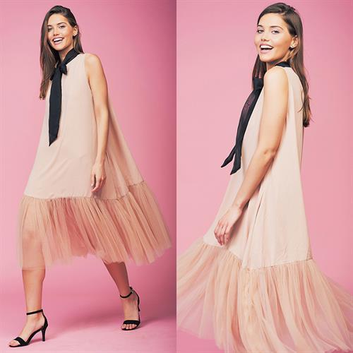 שמלת אלונה