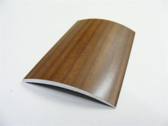 """סף לפרקט- קשת 40 מ""""מ בצבע עץ- 3 מ' אורך"""