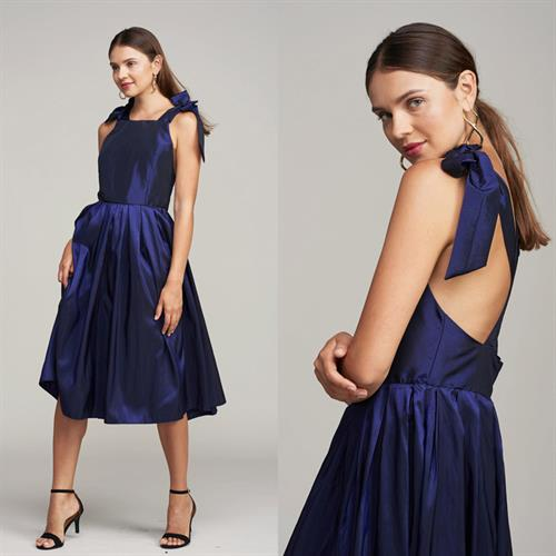 שמלת לואיס